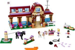 LEGO Friends Heartlake Riding Club (41126)