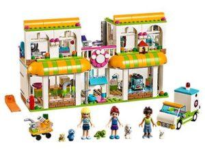 LEGO Friends Heartlake City Pet Center (41345)