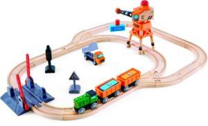 Hape Railway Ξύλινο Crossing & Crane Τρένο Σετ (E3732A)