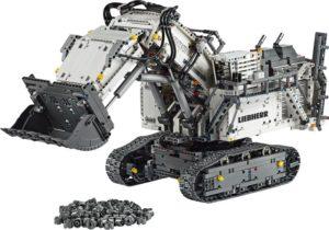 LEGO Technic Liebherr R9800 Excavator (42100)