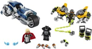 LEGO Super Heroes Avengers Speeder Bike Attack (76142)