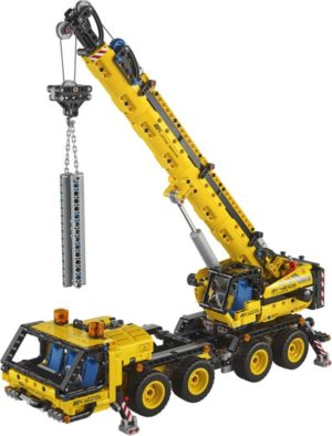 LEGO Technic Mobile Crane (42108)