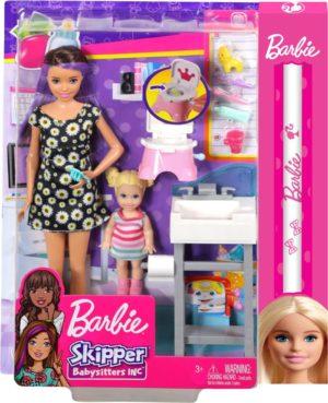 Λαμπάδα Barbie Σκίπερ Babysitter-Στο Μπάνιο Με Το Μωρό (FJB01)